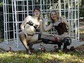 Amateur_lesbians_posing_outdoors