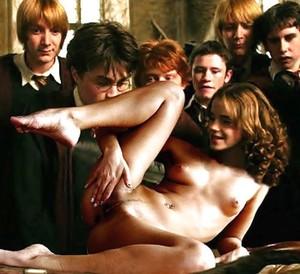 Was daniel radcliffe emma watson nude